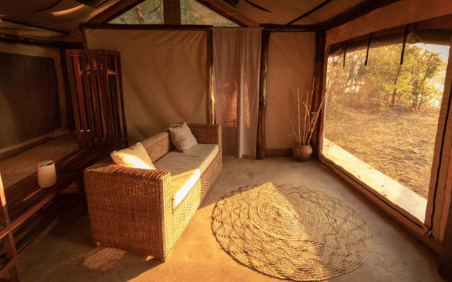 Safari tent in front of the Luangwa River