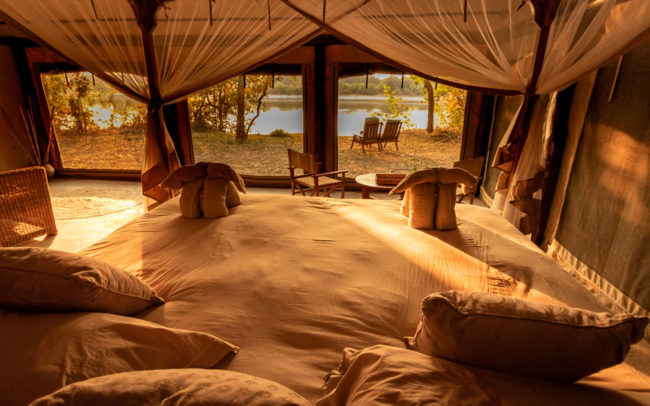Luambe Camp - Safari Tent interior